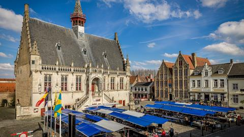 Boekenmarkt Damme - Foto 1
